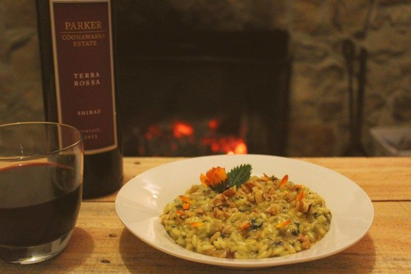 Il Risotto del Viandante: nettle, walnut and calendula flower.